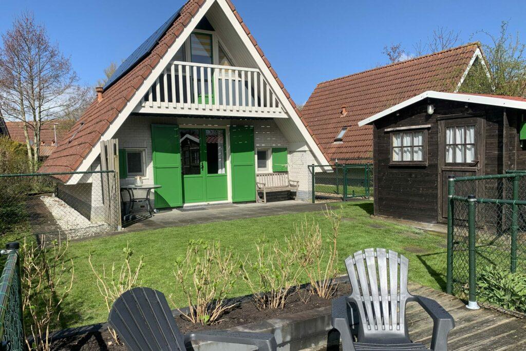 Voorkant huis Lauwersmeer